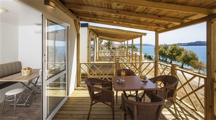 70012 Belvedere Trogir Mobile homes next to the sea terrace